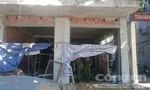 Hai người nguy kịch vì bị điện giật trong lúc xây nhà