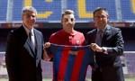 Xu hướng mua người 'đầu tư' cho tương lai của Barca