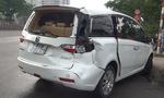 Xe tải húc ô tô văng 5m trên quốc lộ, 4 người suýt chết