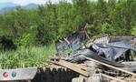 Xe tải chở sắt thép lao vào rẫy mía, 3 người chết