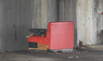 Người đàn ông nằm chết bất thường dưới gầm cầu ở Sài Gòn