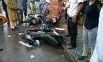 Xe khách ủi 4 xe mô tô,  2 người thương vong