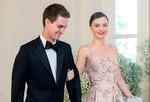 Thiên thần Victoria' Secret sắp kết hôn với CEO Snapchat