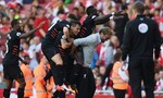 Mưa bàn thắng trong trận cầu tâm điểm vòng 1 Ngoại hạng Anh