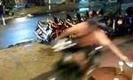 Bốn tên cướp giật điện thoại của nam thanh niên giữa khuya