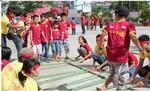 Mang trung thu đến với trẻ em miền Trung nắng gió