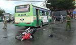 Xe máy tông xe buýt, 1 người nguy kịch