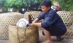 Người đàn ông Trung Quốc mua gà đá bị trục xuất khỏi khu vực biên giới