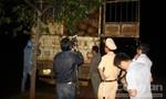 Phóng viên phối hợp với CSGT bắt giữ xe chở gỗ lậu