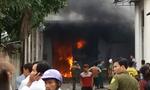 Xưởng dệt vùng ven Sài Gòn cháy ngùn ngụt lúc sáng sớm