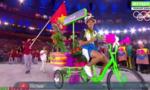 Quốc kỳ Việt Nam tung bay tại Lễ khai mạc Olympic Rio 2016