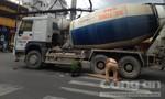 Người đàn ông chết thảm dưới bánh xe bồn