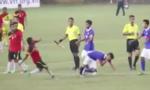 Cầu thủ U19 Đông Timor đánh gục đối thủ phía Malaysia