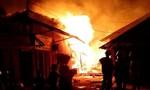 Cháy lớn tại kho hàng điện lạnh, thiệt hại gần 1 tỷ đồng