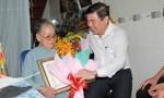 Lãnh đạo TPHCM thăm và tặng quà người cao tuổi