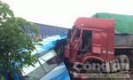 Tai nạn kinh hoàng giữa 4 xe ô tô, năm người thương vong