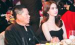 Ngọc Trinh thân thiết bên bạn trai tỷ phú Hoàng Kiều tại Thượng Hải