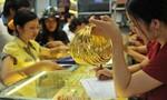 Giá vàng hôm nay 12-1: Biến động mạnh theo đồng USD