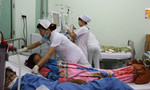 Bệnh nhân nghèo ứa nước mắt vì không thể về nhà đón Tết