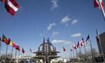Mỹ rầm rộ đưa quân đến sát biên giới Nga