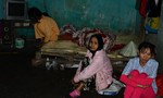 Gia đình có 5 trẻ nhỏ khánh kiệt vì bệnh tật