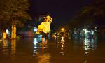 Hàng trăm người dân Sài Gòn 'chạy lũ' ngày đầu năm
