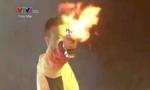 Khoảnh khắc Hoàng Xuân Vinh bắn phát súng chào đón năm mới