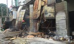 Cháy xưởng chứa thùng carton, người dân hoảng loạn tháo chạy