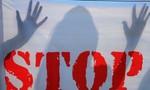Hai người chú thay nhau cưỡng hiếp đứa cháu 10 tuổi đến mang thai ở Ấn Độ