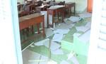 Sập la phông trường học khiến 9 học sinh nhập viện