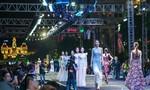 Mãn nhãn với 1.404 bộ trang phục tại lễ hội Fashionology Festival 2017