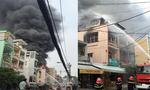 Cháy cửa hàng phụ tùng xe máy ở chợ Tân Thành