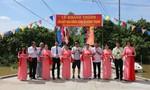 Việt Hưng Phát cùng Áo dài ABC trao 1.400 phần quà cho người nghèo miền Tây