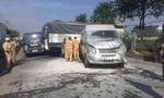 Tai nạn liên hoàn trên QL1, khách nước ngoài tháo chạy khỏi xe bốc khói