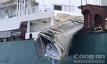 Tàu hàng container va chạm trên sông Đồng Nai
