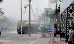 Xe bồn vướng dây điện bốc cháy trước cây xăng ở TP.HCM