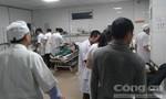 Sập giàn giáo ở bến xe đang thi công, 10 người nhập viện cấp cứu
