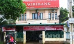 Truy bắt người đàn ông bịt mặt nổ súng cướp ngân hàng bất thành