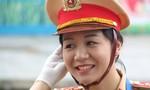 Những 'bóng hồng' cảnh sát giao thông phục vụ APEC