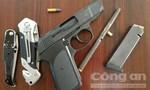 Bắt nhóm thanh niên dùng súng truy sát đối thủ tại bệnh viện