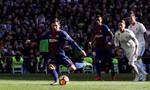 Chỉ có Messi và quả bóng trong trận El Clasico