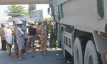 'Hung thần' xe ben kéo lê người phụ nữ trên đường