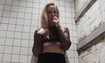 Tay vợt nữ hạng 6 thế giới nhận lời mời chụp ảnh 'khiêu dâm'