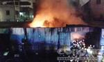 Cháy lớn đêm Valentine, hàng trăm Cảnh sát dập lửa
