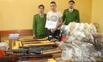 Bắt đối tượng tàng trữ ma túy, súng và kiếm