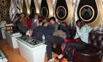 Cảnh sát phá 'đại tiệc' ma tuý trong quán karaoke