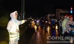 CSGT Tiền Giang dầm mưa điều tiết giao thông