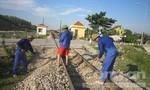 Một công nhân đường sắt bị tàu đâm tử vong