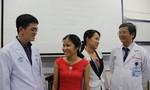 Lần đầu tiên ở Việt Nam, cha mẹ hai gia đình đổi thận cho nhau để cứu 2 con
