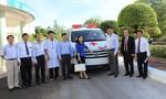 Trao chiếc xe cứu thương thứ 10 cho Bệnh viện Đa khoa Tỉnh Phú Yên